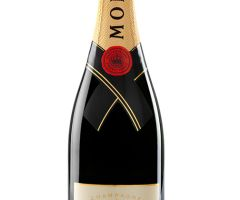 Moet & Chandon Rouge Brut (3/8)