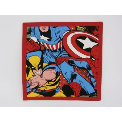Libro Sensorial Hecho. Marvel.