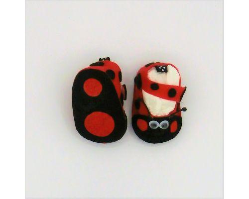 Zapatillas y chanclas bebé