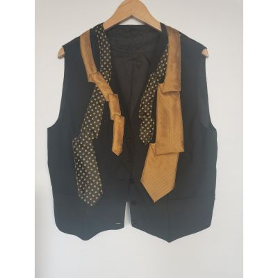 Chaleco corbatas