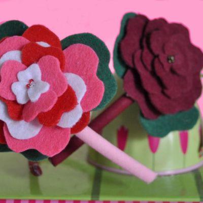 Diadema rosa fieltro