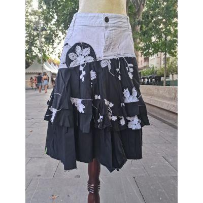 Falda loneta blanco y negro