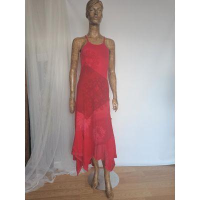Vestido rojo tie-dye