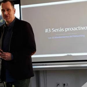 La Oratoria y el Desarrollo de la Comunicación - Entrevista a Alberto Aguelo