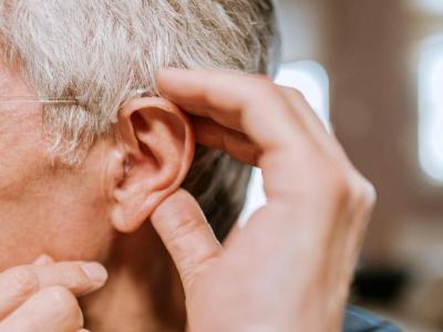 Los problemas de audición consecuencia de la COVID19