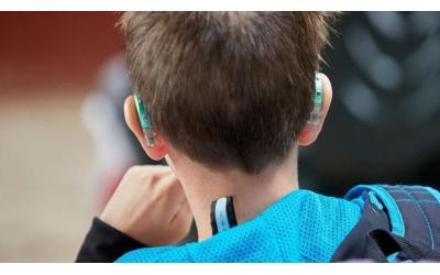 ¿Qué tipo de audífono es la mejor opción en el caso de los niños?