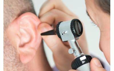 ¿Qué son los audífonos invisibles?